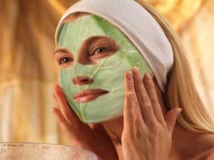 Капустный лист на лице