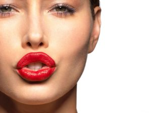 Упражнения губами для подтяжки лица