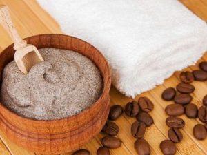 Скраб и кофейные зерна